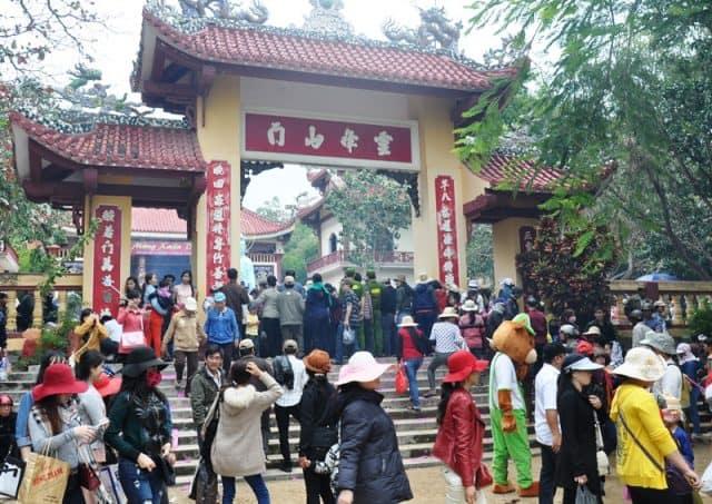 Lễ hội ở chùa Ông Núi