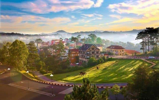 """Những địa điểm du lịch ở Đà Lạt """"bao trọn"""" view toàn cảnh thành phố"""