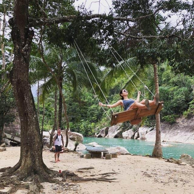 """""""Chinh phục"""" Suối Ba Hồ khám phá vẻ đẹp núi rừng"""