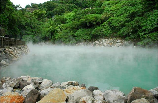 Suối nước nóng tại Đài Bắc (ảnh ST)