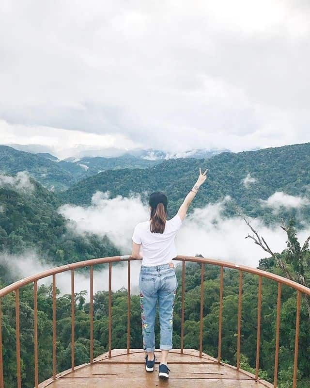 """Rủ nhau đi """"Săn mây"""" ở góc ban công giữa trời Tây Giang Quảng Nam"""