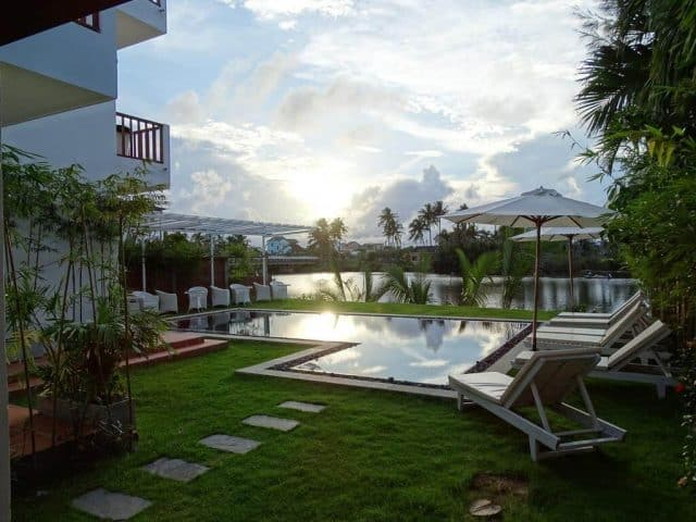 Villa Hội An đẹp có bể bơi ngoài trời