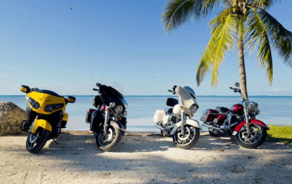 Du lịch bằng xe máy luôn mang lại những trải nghiệm đáng nhớ theo cách riêng (ảnh ST)