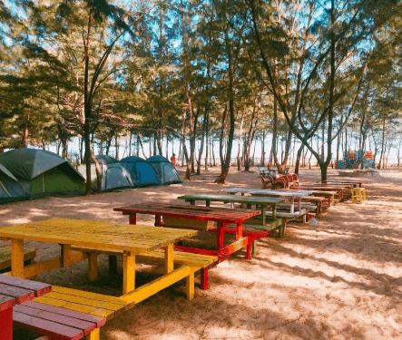 Khung cảnh xinh xắn của khu cắm trại (ảnh ST)