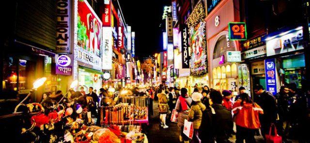 Chợ về đêm Myeongdong