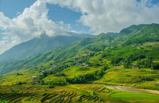 Vẻ đẹp thơ mộng của thung lũng Mường Hoa (ảnh ST)
