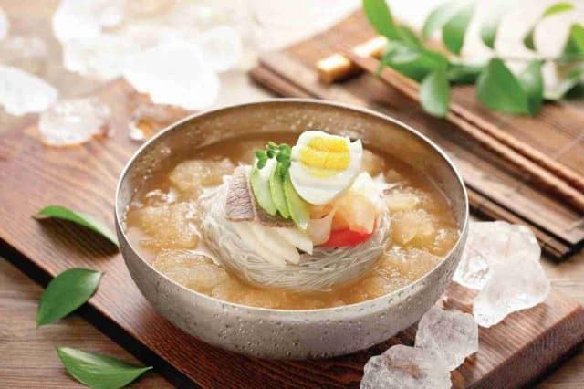 Mỳ lạnh Milmyeon món ăn ngon vào mùa hè (ảnh ST)
