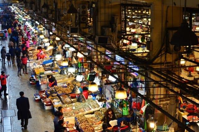 Chợ cá Jagalchi lớn nhất Hàn Quốc (ảnh ST)