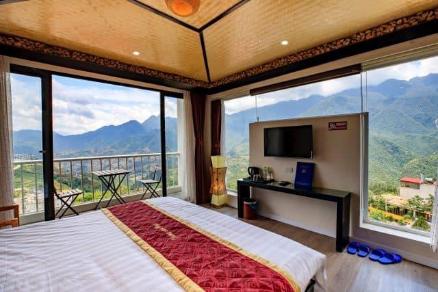 Tầm nhìn thoáng đãng từ khách sạn Phương Nam