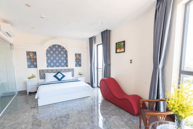 Khách sạn tình nhân Mi Lan Corner đầy lãng mạn
