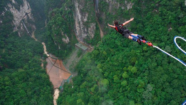 Nhiều hoạt động du lịch mạo hiểm thú vị tại khu du lịch Rồng Mây