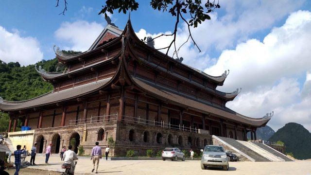 """Chùa Tam Chúc nằm ở vị trí """"tam giác vàng"""" du lịch tâm linh"""