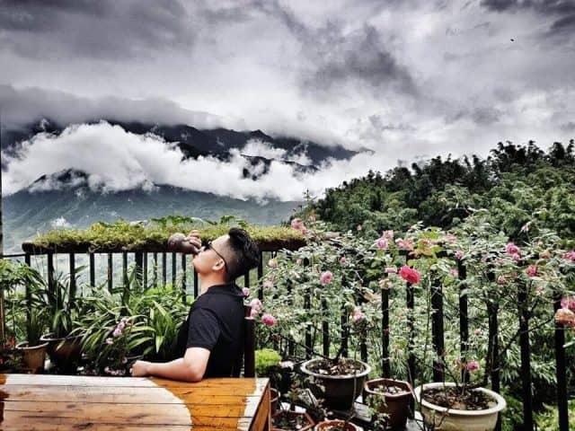 Sapa bamboo Homestay chan hòa với mây và núi