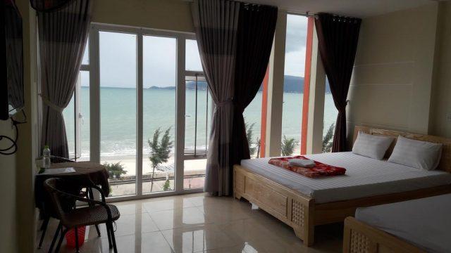 Motel Tuan Phuong view đẹp sát biển, giá bình dân