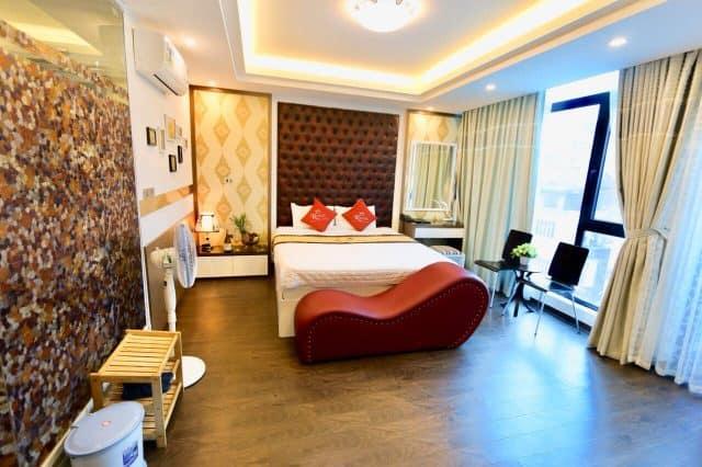 Không gian lãng mạn cho cặp đôi tại The Royal Hotel