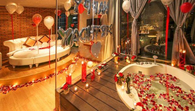 Những khách sạn đẹp có ghế tình yêu ở TP.HCM