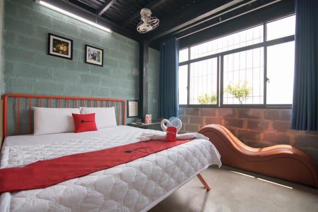 Những khách sạn đẹp có ghế tình yêu hot nhất ở TP.HCM