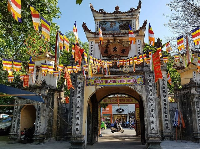 13 ngôi chùa ở Hà Nội linh thiêng và nổi tiếng bậc nhất