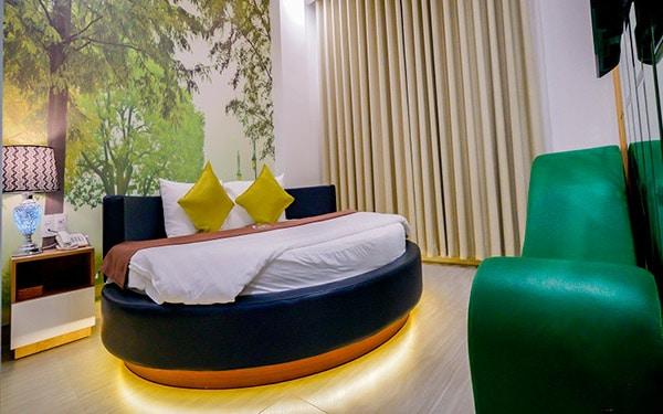 Khách sạn nào có ghế tình yêu ở Phú Nhuận