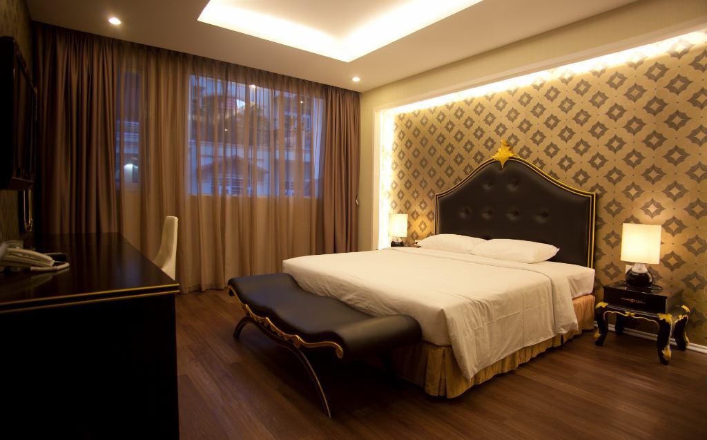 Sự sang trọng đẳng cấp của Honey House được thể hiện rõ nét qua cách bài trí nội thất, không gian phòng