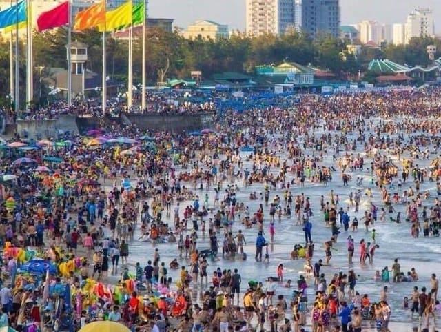 Vấn nạn biển người ngày tết 2020, làm sao để tránh?