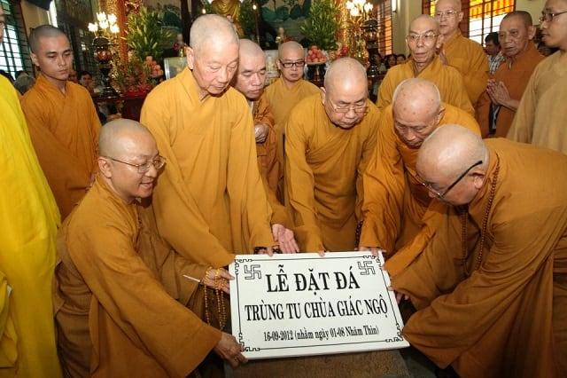 Lễ đặt đá chùaGiác Ngộ năm 2012