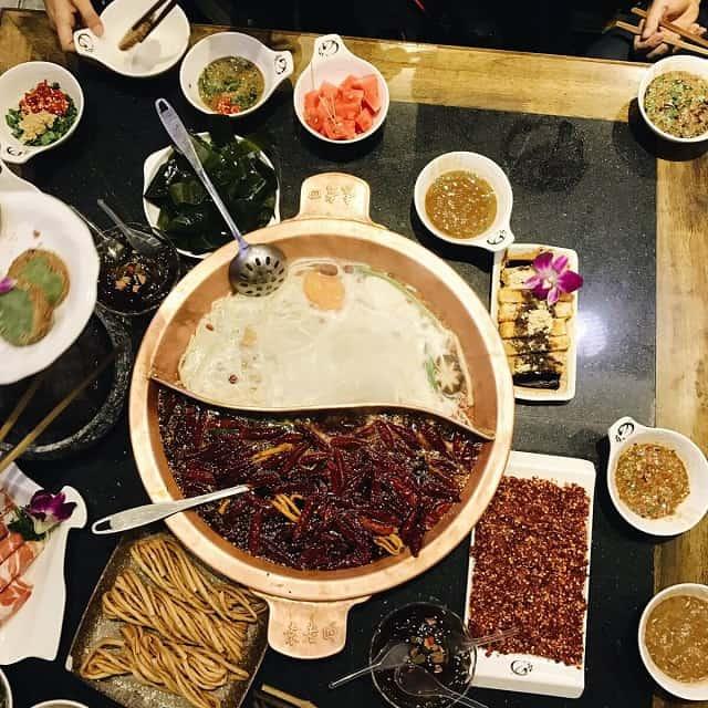 Lẩu cay Vũ Hán