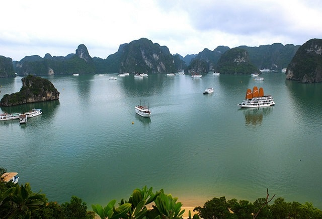 Vịnh Hạ Long, một trong 7 kỳ quan thế giới