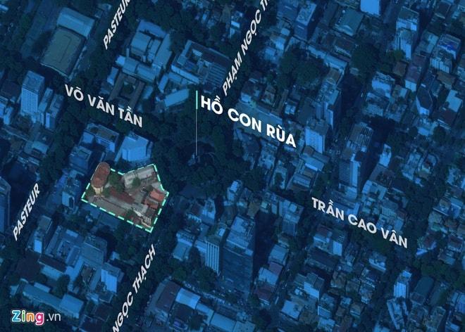 Nằm ngay nút giao giữa nhiều tuyến đường của các quận trong thành phố nên nơi đây rất đông đúc và dễ đi lại. Ảnh Zing.vn