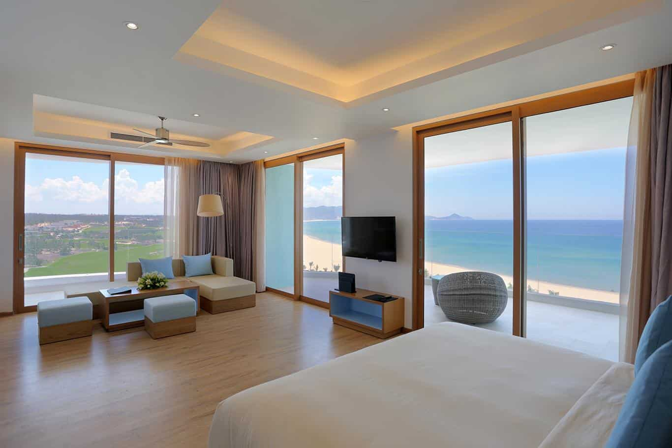 Review chi tiết khách sạn FLC Luxury Quy Nhơn
