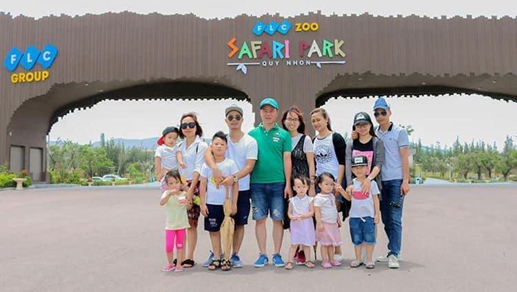 Tham quan công viên hoang dã cùng cả gia đình. Ảnh ST