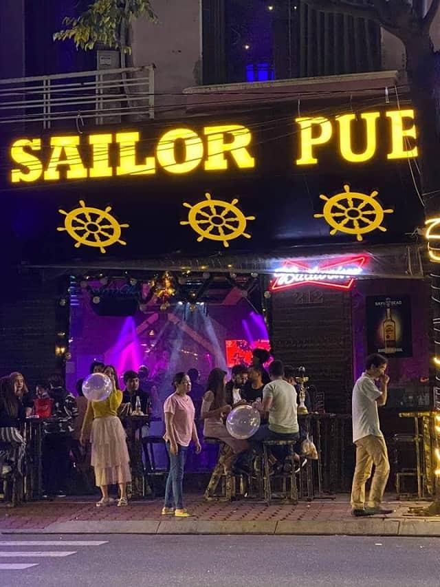 Sailor Pub là địa chỉ ăn chơi quen thuộc của giới trẻ Đà thành