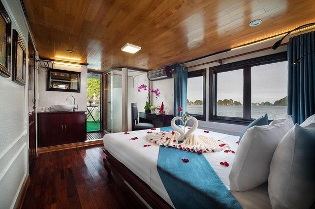 Khách sạnCharm Boutique Cruise