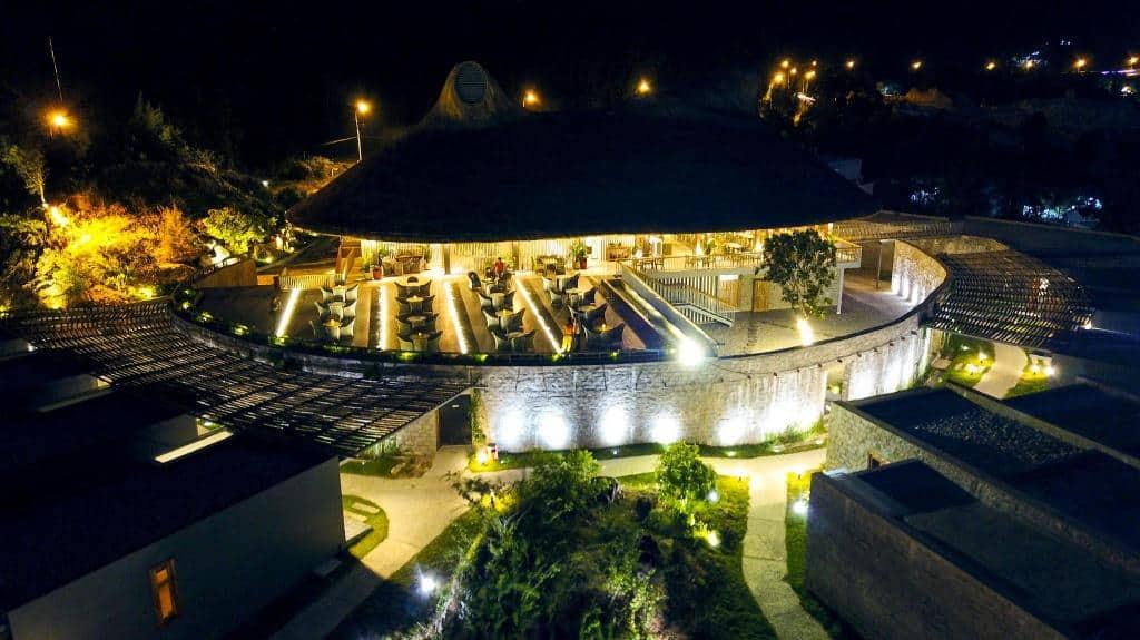 """Review Casa Marina Resort – khu nghỉ dưỡng """"xịn sò"""" bên bờ biển Quy Nhơn"""