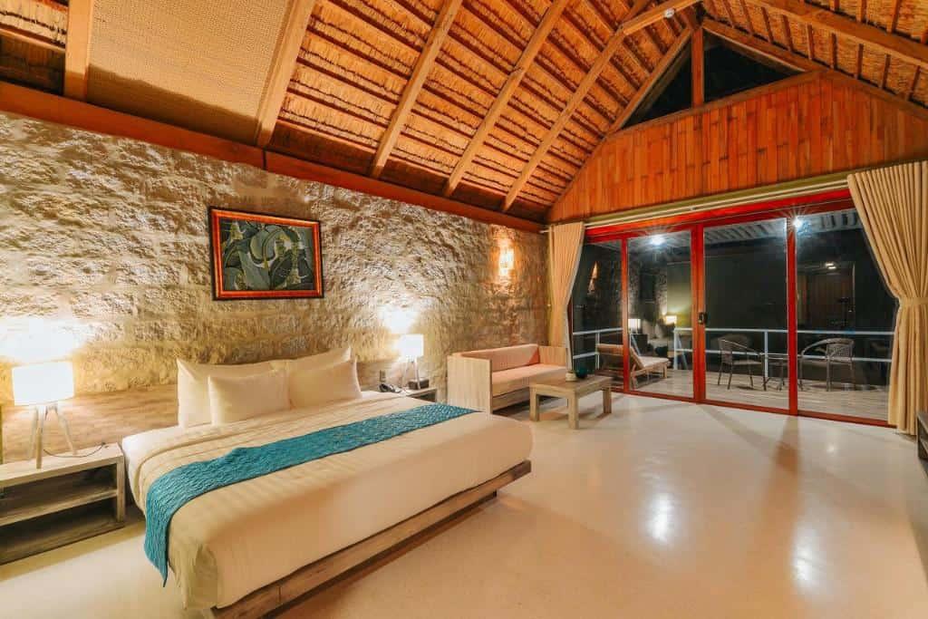 Phòng được thiết kế tinh tế, hiện đại. Hình: Casa Marina Resort