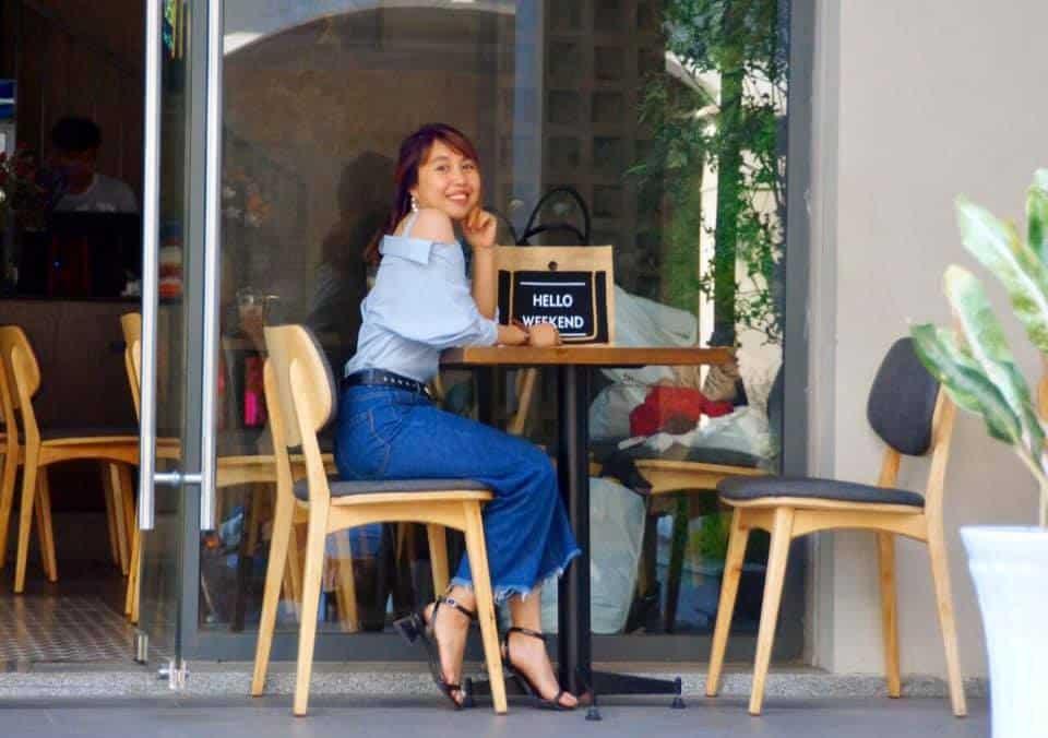 Thưởng thức cà phê sẵn tiện trốn nắng ngay tại Pegasuite lại có thêm một nơi sống ảo chất chơi - Ảnh FB Phạm Thuý