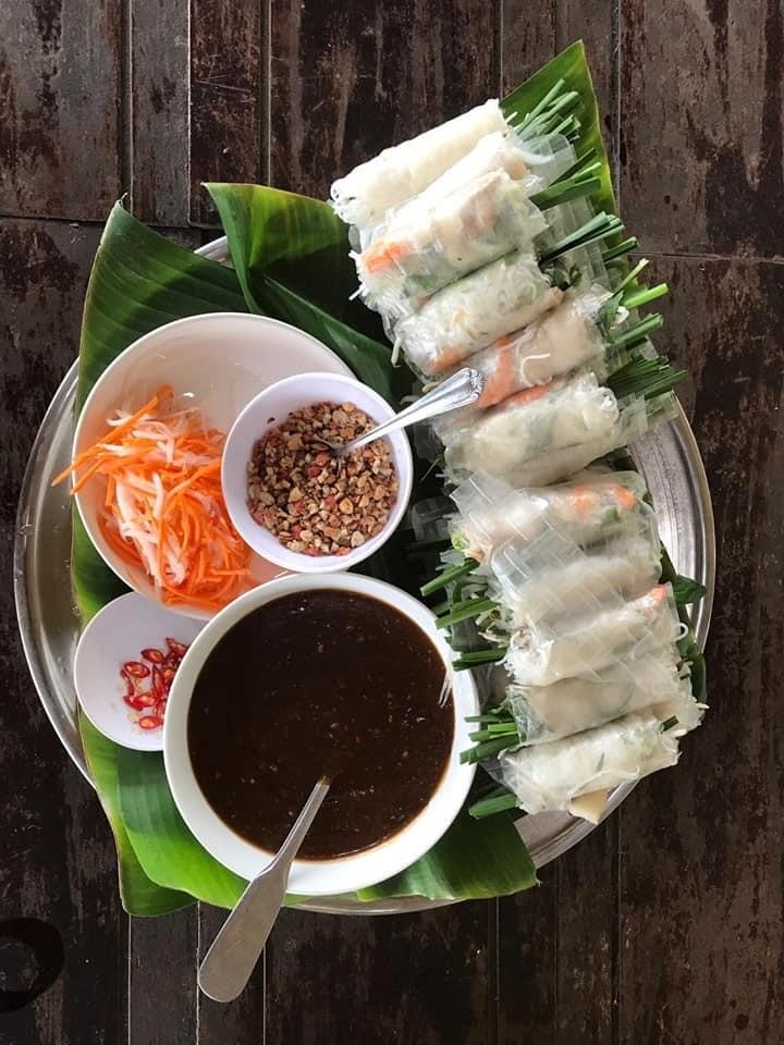 Những món ăn đặc trưng của Việt Nam. Hình: Cao Doan Lunar