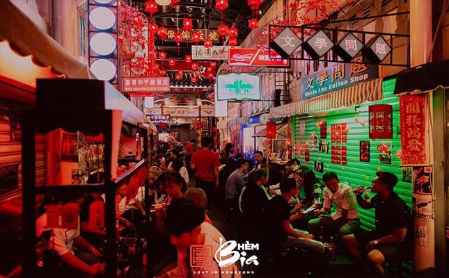 Với ý tưởng độc đáo theo phong cách HongKong cổ điển những năm 1968, chính vì thế nơi đây lúc nào cũng đông đúc nhộn nhịp được nhiều khách lựa chọn làm nơi vui chơi