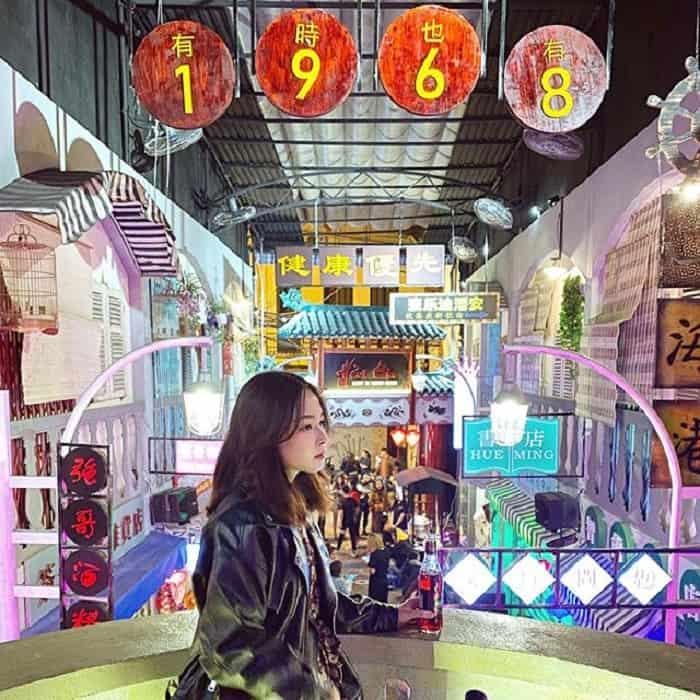Hẻm bia đậm phong cách HongKong cũng đã có mặt phục vụ giới trẻ Hà thành