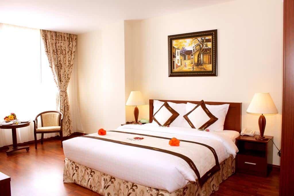 Bên cạnh phòng nghỉ tiện nghi thì tiện ích tại khách sạn rất đa dạng