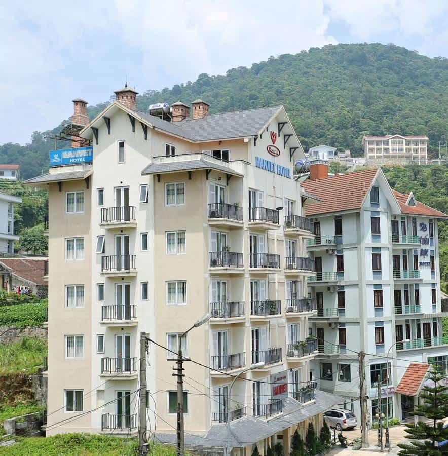 Khách sạn Hanvet Tam Đảo là khách sạn hiện đại có tầm nhìn ra thung lũng xanh mát và mộng mơ