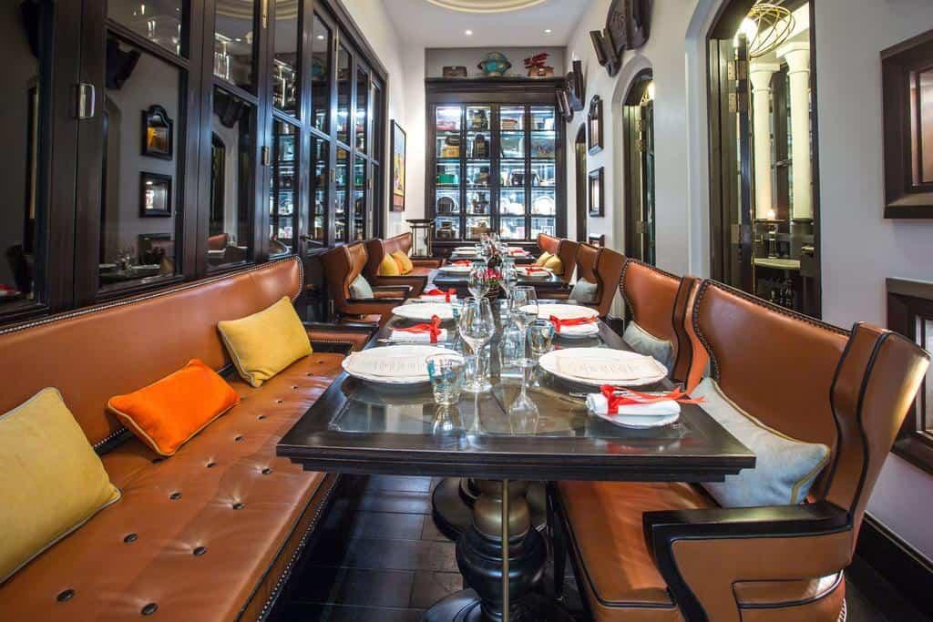 Du khách còn được thưởng thức ẩm thực quốc tế với các nhà hàng theo phong cách khác nhau