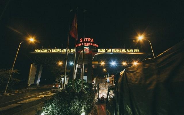 Khu chợ không ngủ nổi tiếng Sài Gòn
