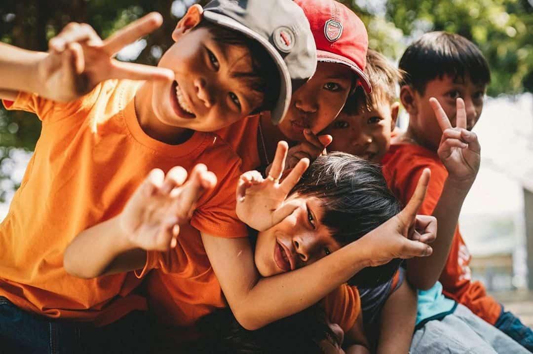 Những đứa trẻ đều vô cùng hiền lành và thân thiện. Hình: @anhgipsytic