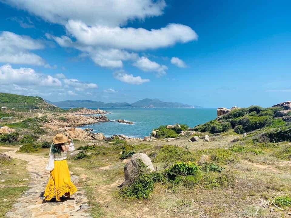 Màu biển xanh ngắt của Phú Yên. Hình: Nguyễn Chí Thiện