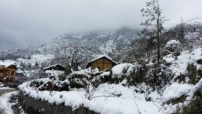 Toàn cảnh Sa Pa được bao phủ bởi tuyết như trời Âu thu nhỏ