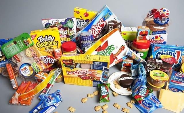 Chuẩn bị trước một chút đồ ăn tại nhà sẽ giúp bạn giảm được các chi phí phát sinh khi ăn uống dọc đường