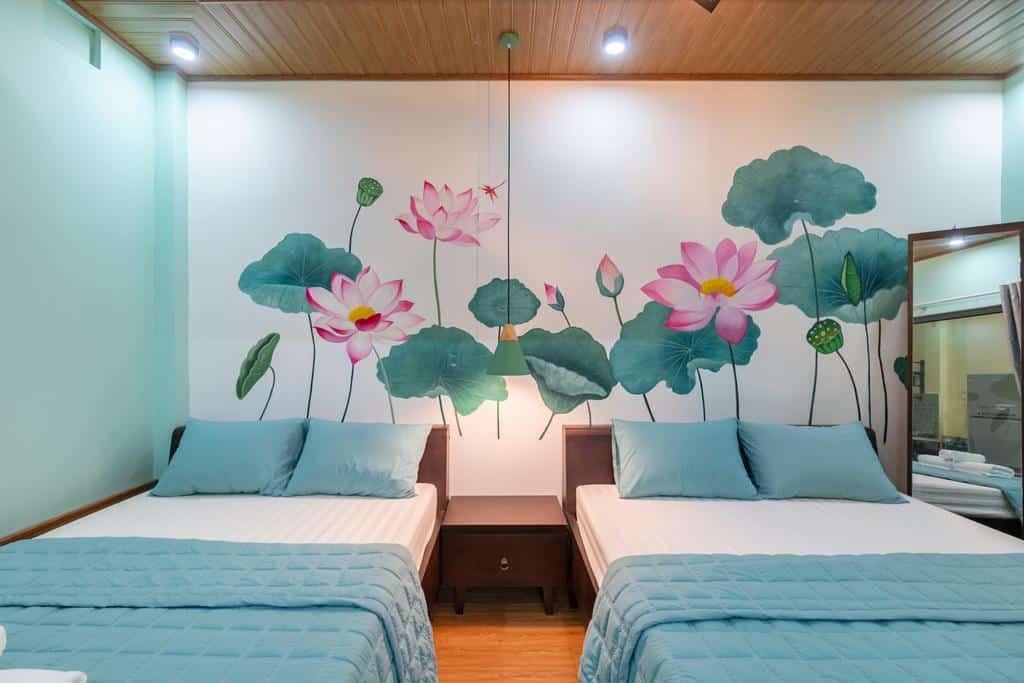 Phòng ngủ với gam xanh lam mát mắt đầy ấn tượng