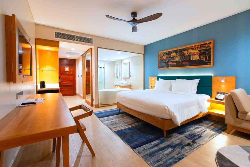 Phòng nghỉ với gam màu mát mẻ, trang nhã và đầy đủ tiện nghi