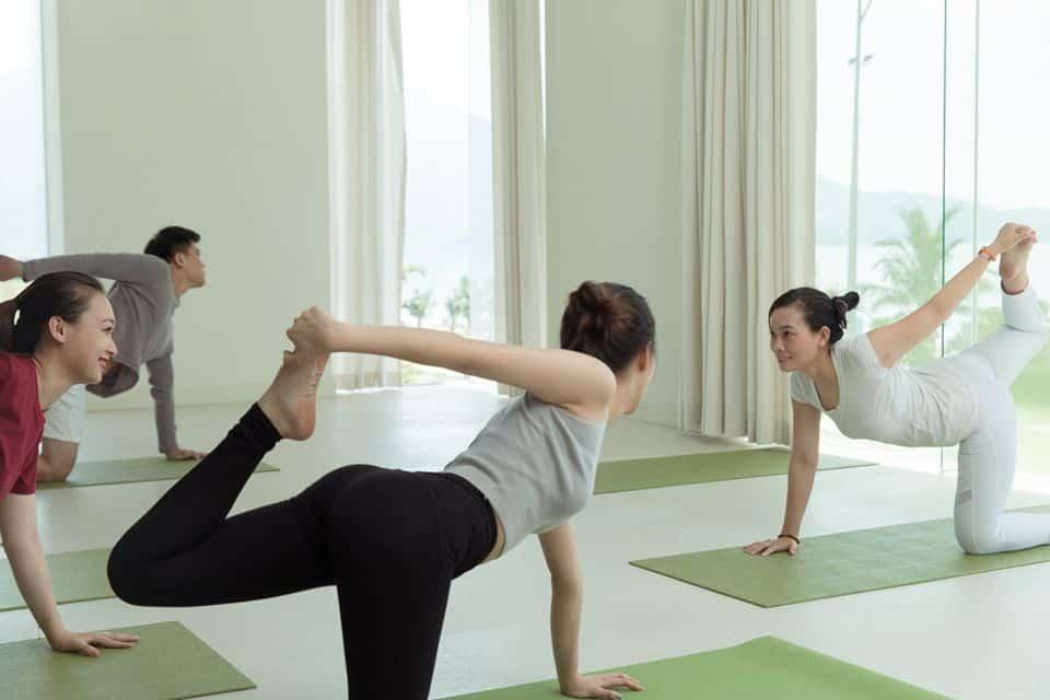 Phòng Gym và Yoga để giúp duy trì thói quen tập luyện của du khách
